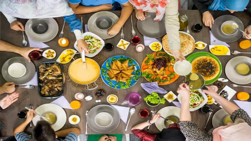 شهر رمضان سيكون صعباً على العائلات اللبنانية: أطباق ستختفي كليا عن الموائد!