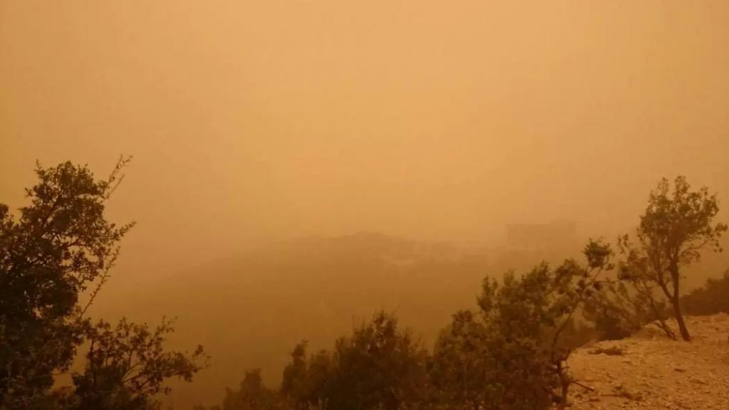طقس ربيعي دافىء يسيطر على لبنان.. واستعدوا لطبقات من الغبار!