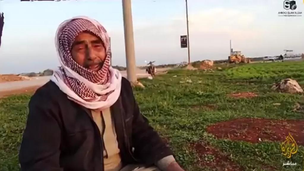 فيديو مؤثر لمسن سوري: حلوة انو نموت هون وما ننقبر ببيتنا! أنا عم أدعي إلى الله روح على بلدي موت
