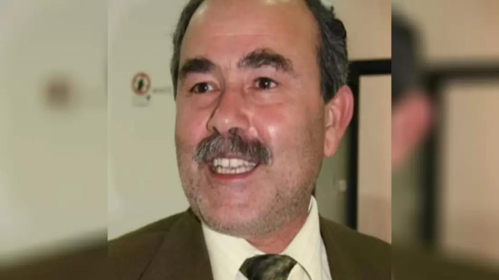 الموت يغيب المربي والناشط إعلاميًا أحمد يوسف فقيه جراء إصابته بكورونا