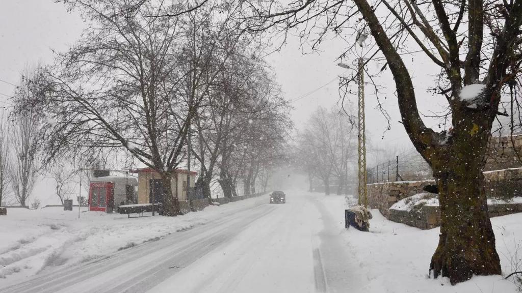 الطقس غدا ماطر... إستعدوا للثلوج على 1700 متر!