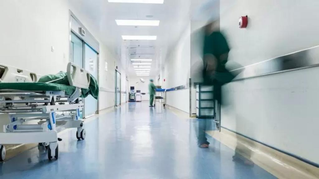 عراجي: الجسم الطبي والتمريضي ليس بحاجة للتصفيق بل للإحترام وإلا وتيرة هجرتهم ستزداد