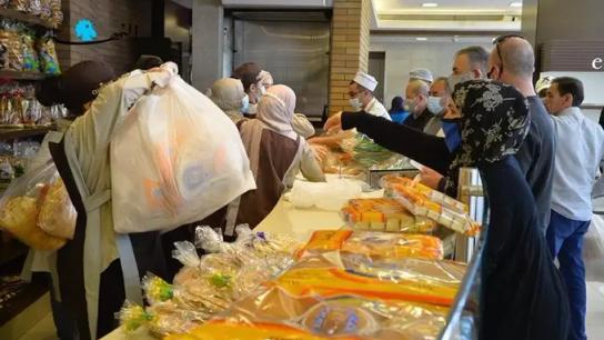 معلومات عن حلحلة موضوع توزيع الخبز واتجاه للعودة إلى توزيعه في الأسبوع المقبل