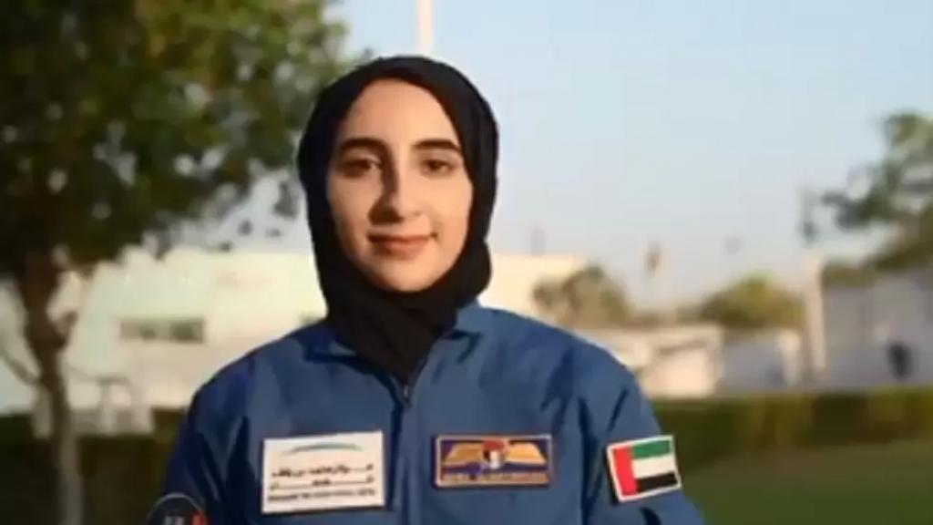 الإمارات تختار رائدي فضاء جديدين بينهما نورا المطروشي..أول رائدة فضاء عربية!