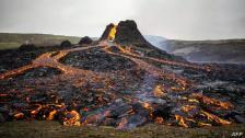 """بالفيديو/ العالم شهد ثوران لبراكين عدة خلال الاشهر الماضية.. احدها كان خامد لحوالي 6 آلاف عام وآخرها بركان """"لا سوفرير"""" شرق الكاريبي يوم الجمعة الفائت"""