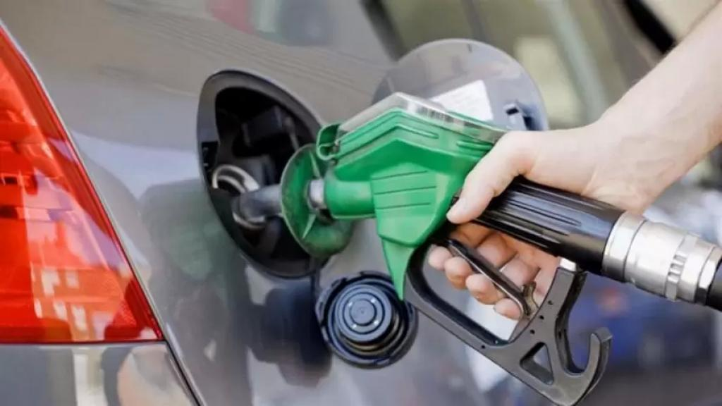 ارتفاع في سعر صفيحة البنزين وانخفاض سعر المازوت والغاز.. إليكم التسعيرة