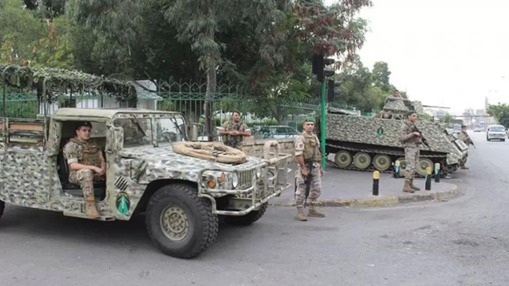 الجيش يُحبط محاولة تهريب 1750 ليتراً من مادة المازوت و1520 ليتراً من البنزين و700 كلغ من الغاز و15 طناً من السكر المدعوم باتجاه الأراضي السورية