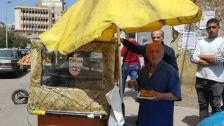 """في طرابلس: الى بسطات الحلويات """"دُر""""... """"عند أبو عادل كعكة الكنافة لا تزال بـ 4 آلاف وكيلو العصملية بـ 30 ألفاً وبالمحلات حقو من 100 لـ 130 ألفاً.. وبلا هالزينة والكيس الملون"""""""