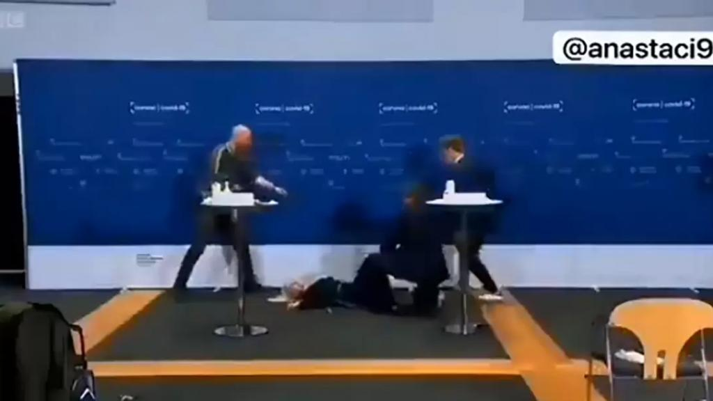 بالفيديو/ مسؤولة دنماركية أغمي عليها مباشرة على الهواء خلال مؤتمر صحفي حول جهود التطعيم