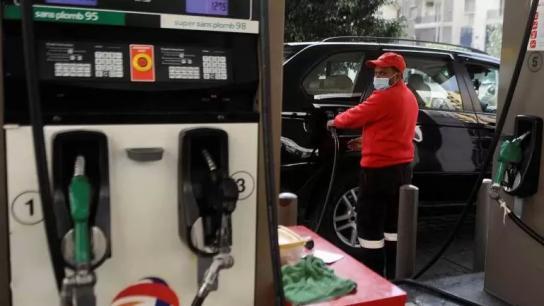 انخفاض في سعر صفيحة البنزين والمازوت والغاز