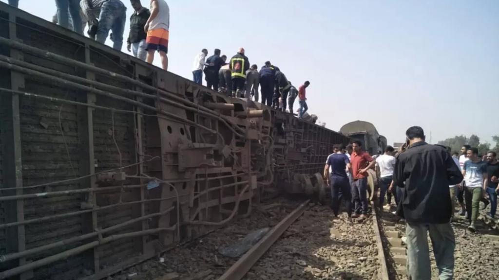 إقالة رئيس هيئة سكة الحديد في مصر بعد 3 حوادث قطارات خلال أقل من شهر