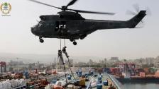 بالصور/ عناصر من فوج مغاوير البحر نفذوا تمارين وتدريبات تخللها دهم سفينة مدنية في البحر