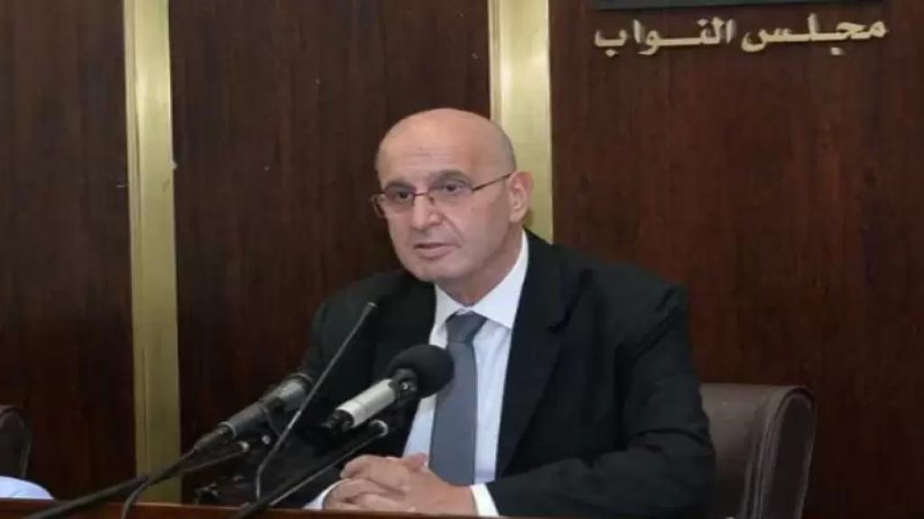عراجي لإذاعة لبنان: مليونا لقاح PFIZER وASTRAZENECA تصل بين أيار وحزيران