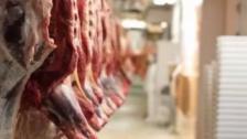 بلدية بنت جبيل تحدد سعر كيلو لحم البقر بين ٣٩٠٠٠ - ٤٥٠٠٠: كل البقر الموجود في لبنان مدعوم من قبل وزارة الإقتصاد