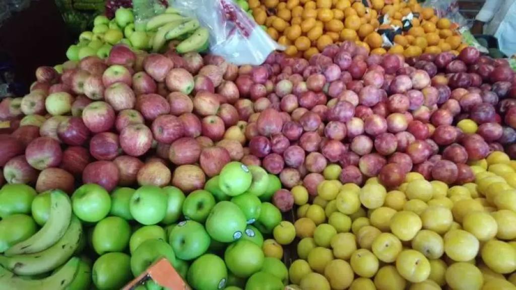 الكويت تسمح باستمرار شحن الخضار والفاكهة من لبنان جواً وبحراً في الوقت الحالي مع تشديد الرقابة (الراي الكويتية)