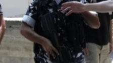 مجهولون سلبوا رقيبا في قوى الامن سيارته في النبي شيت وكمية من الزيوت بقيمة 20 مليون ليرة ومبلغ 700 الف ليرة