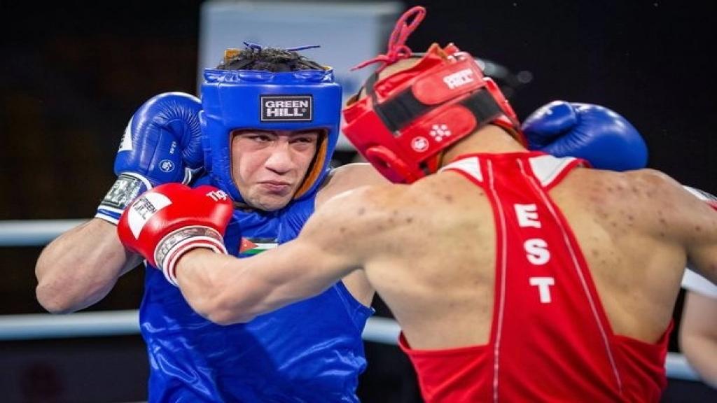 """تلقى ضربة في نزال خلال منافسات بطولة العالم للشباب...وفاة الملاكم الأردني الشاب راشد صويصات بعد """"ضربة قاضية"""""""