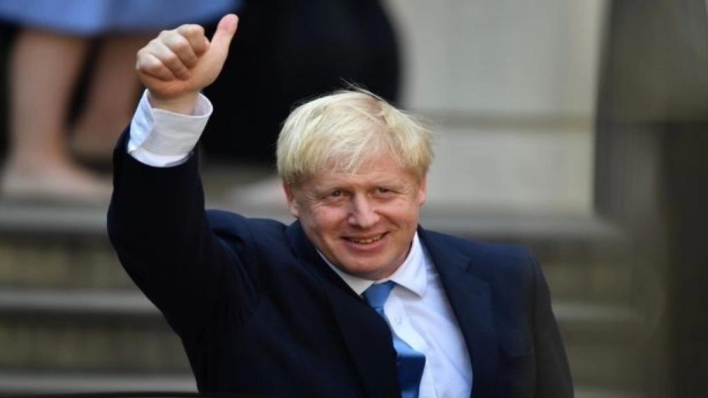 فتح تحقيق رسمي بشأن تجديد شقة رئيس الوزراء البريطاني بوريس جونسون بعدما اتهم بتمويل الأشغال من أموال تبرعات