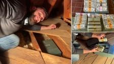 """بالصور/ """"46 ألف دولار""""...عائلة تنجح بالعثور على """"ثروة"""" أخفاها الجد في المنزل !"""