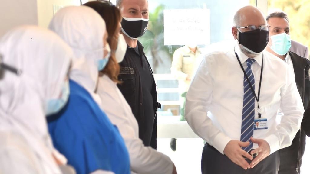 الدكتور فراس الأبيض: لا يزال مستقبل الوباء في لبنان غير واضح...تم تلقيح 3% فقط بشكل كامل وعملية نشر اللقاح معركة شاقة