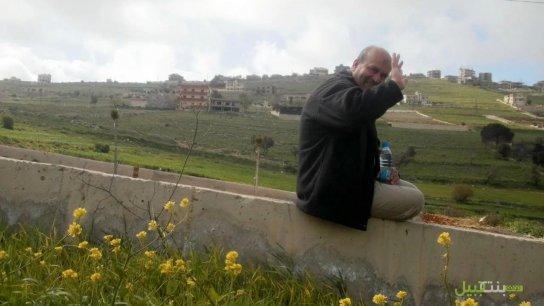 رسالة حبٍّ وحياة من عائلة المرحوم قاسم بوصي.. والد مديرة التحرير في موقع بنت جبيل وشقيقتها: «أنرتم وحشتنا»