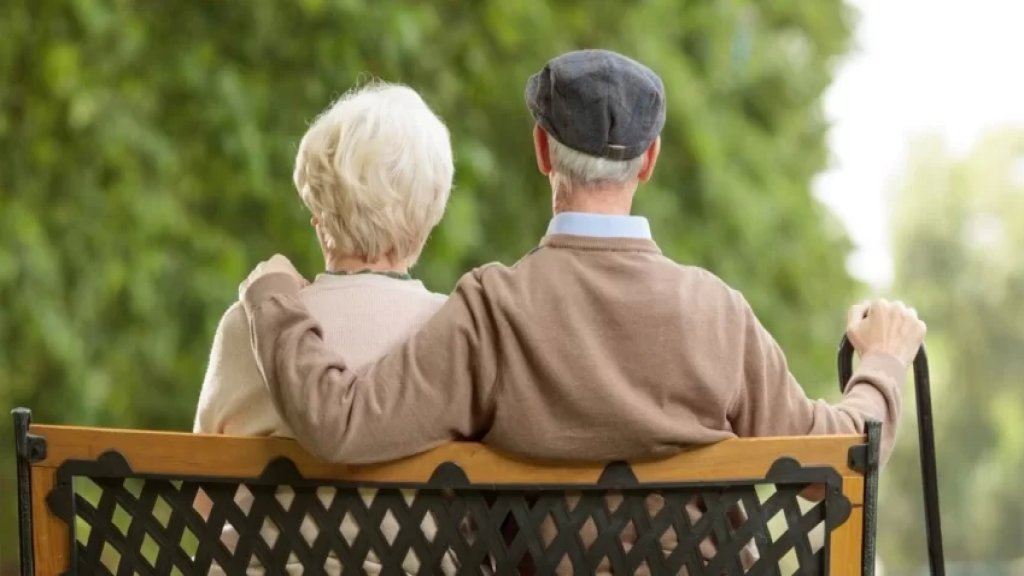 """زوجان أمريكيان عجوزان يهربان من منشأة للرعاية عبر استخدام """"شفرة مورس"""" لكسر الرقم السري للوحة المفاتيح...نجحا بالفرار رغم إصابتهما بالزهايمر!"""