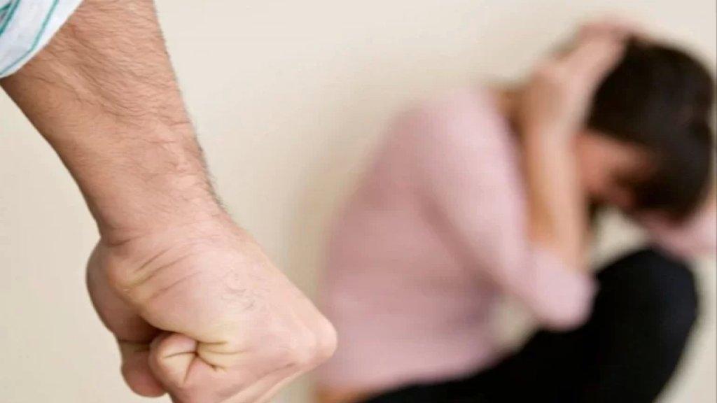 """دراسة تكشف: تمّ البحث عن """"كيفية التحكم بالزوجة"""" و """"كيفية ضرب الزوجة بطريقة غير علنية"""" على غوغل 165 مليون مرة خلال عام 2020!"""