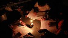 لبنان قد «يبدأ العتمة تدريجيًا» دون أموال لتوليد الكهرباء ابتداء من 15 أيار!