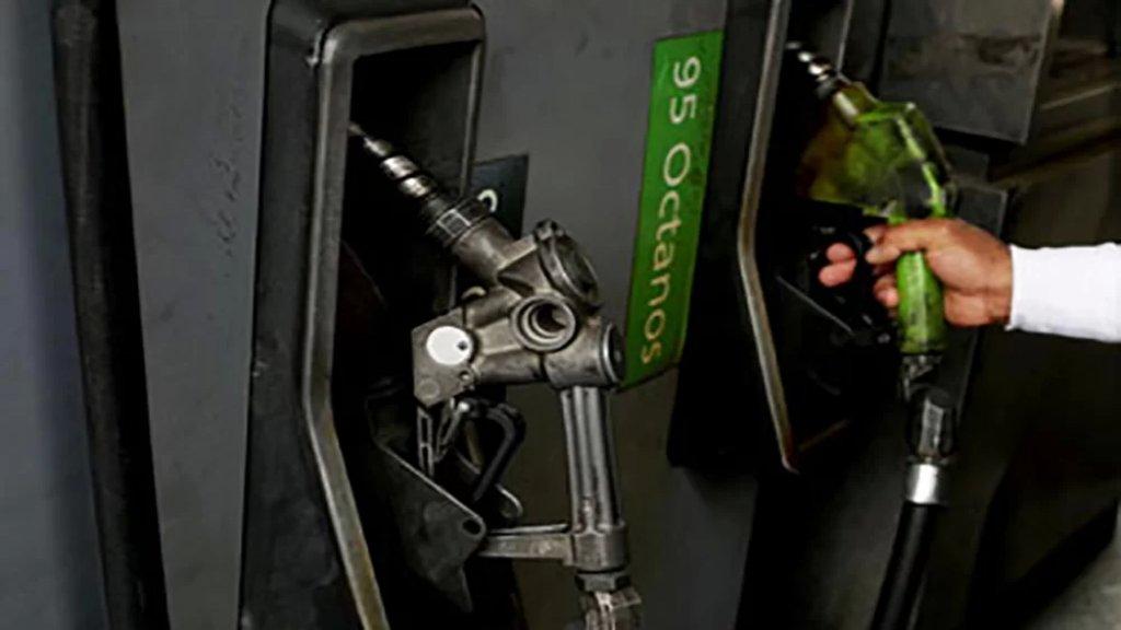 عمداء وضباط يشكون من امتناع محطات الوقود التابعة للجيش من تزويدهم بالبنزين (ليبانون فايلز)