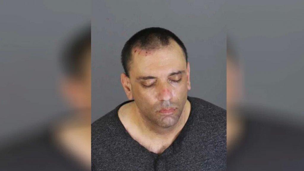 اعتقل بسبب الإعتداء على أمّه، إلا أنها دافعت عنه وطالبت بإطلاق سراحه فخرج وقتلها في ديربورن هايتس!
