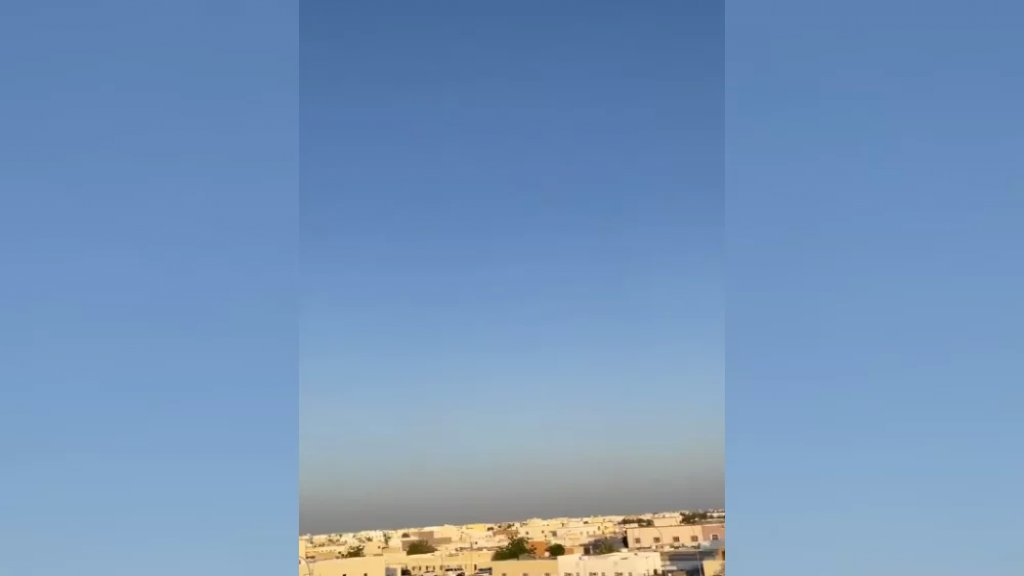 وأخيرًا سقط حطام الصاروخ الصيني.. مركز الفلك الدولي ينشر فيديوات للصاروخ من عدد من الدول العربية