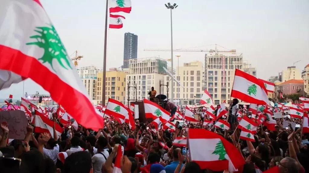 الاتحاد العمالي العام: جلسة طارئة الثلاثاء المقبل لدرس التوصية بالاضراب العام وتحديد خطة التحرك لتنفيذه على مجمل الاراضي اللبنانية