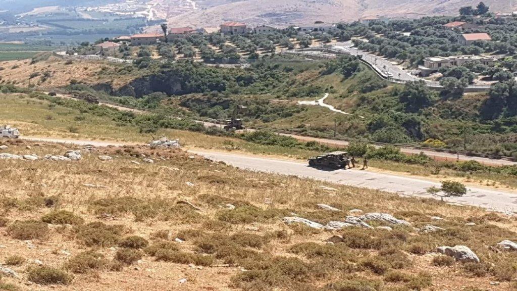 أعمال حفريات وتدشيم للاحتلال الاسرائيلي على الحدود الفلسطينية المحتلة في المطلة مقابل إستنفار للجيش اللبناني قبالة سهل مرجعيون
