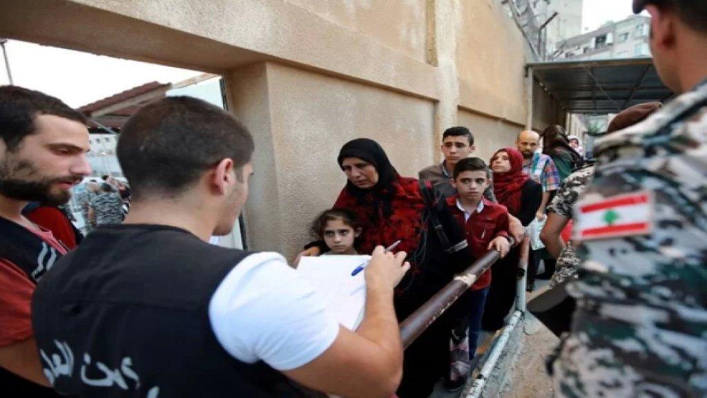 وسط إجراءات أمنية مشدّدة.. أقلام الإقتراع فتحت أبوابها أمام السوريين في السفارة السورية في اليرزة