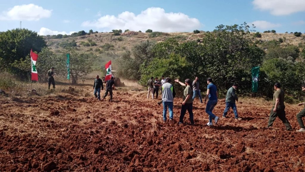 استنفار للإحتلال الإسرائيلي مقابل ميس الجبل بعد حرث الأهالي لأراضيهم على الحدود