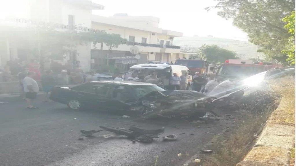 بالصور/ عين المير تستفيق على صباح حزين... 3 قتلى وجريح بحادث تصادم مروّع بين مركبتين!