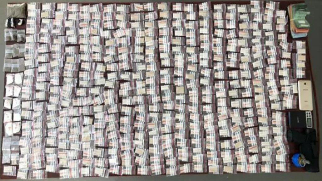 بالصور/ أحد أكبر مروّجي مادة الهيرويين المدمّرة في لبنان وقع في شباك مفرزة البحث والتّدخّل في وحدة الشرطة القضائية