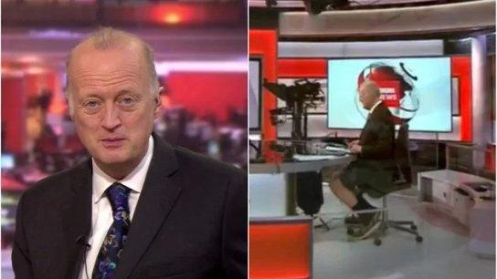 """بالفيديو/ الكاميرا تفضح مذيع الـBBC.. أطل بالـ """"شورت"""" خلال قراءة نشرة الأخبار"""