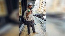 صورة من واقع الحال في لبنان.. أب قطع مسافة 70 كم من حامات في شمال لبنان إلى بيروت بحثًا عن علبة حليب لطفلته!