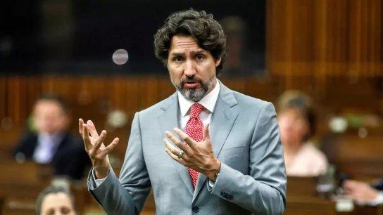 """بعد مقتل عائلة مسلمة دهساً في كندا.. رئيس الوزراء جاستن ترودو: """"هذه المجزرة لم تكن حادثا.. إنها هجوم ارهابي"""""""