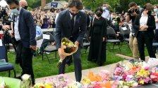 بالصور/ رئيس الوزراء الكندي جاستن ترودو يشارك في تأبين العائلة المسلمة التي قتل منها أربعة أشخاص جرّاء عملية دهس متعمد