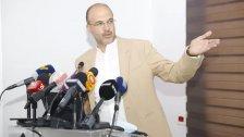 الوزير حسن لأصحاب المستودعات: هل تنتظرون رفع الدعم؟ لن يتم ذلك، أتريدون الإحتكار؟ لن يصح لكم
