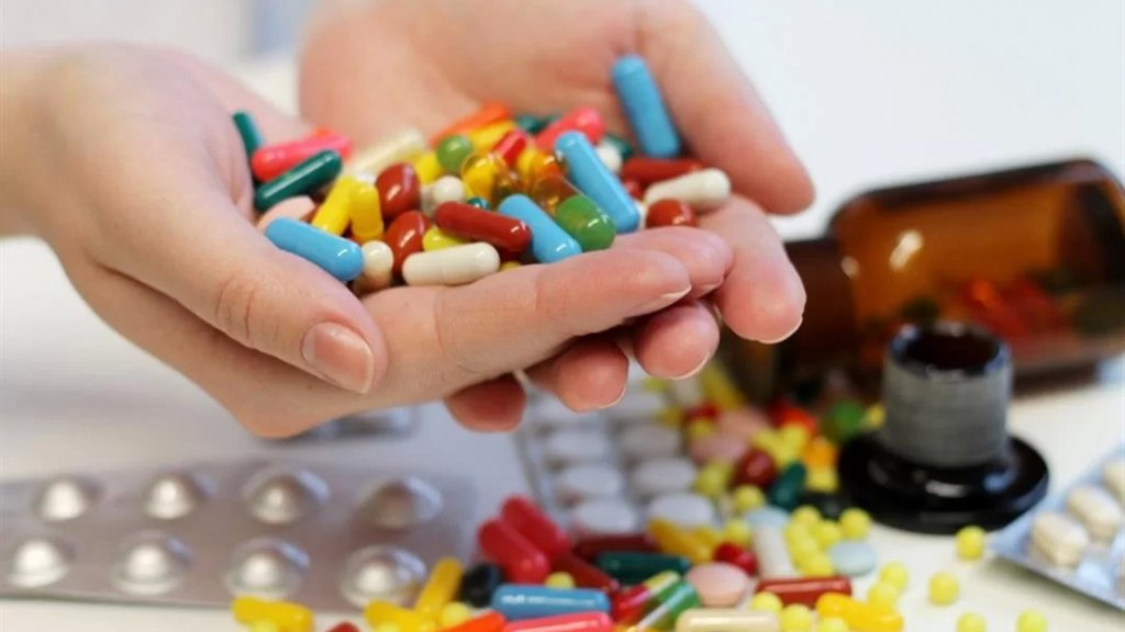 نقيب مستوردي الأدوية: كارثة ستقع في تموز!