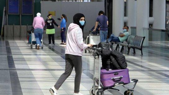 صحيفة عربية-لندنية تكتب: اللبنانيون يفرّون من بلادهم سعيًا وراء حياة أفضل في افريقيا