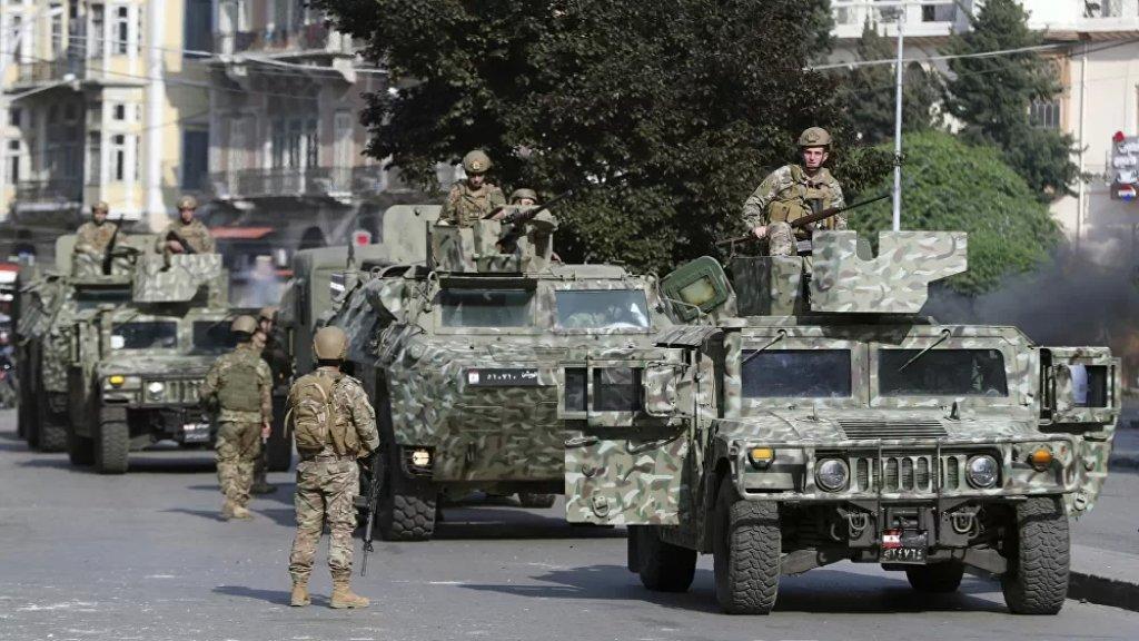 """صحيفة التليغراف البريطانيّة: """"يمكن للجيش اللبناني أن يمنع الانهيار الكامل للبلاد - إذا استطاع الاستمرار في إطعام جنوده"""""""