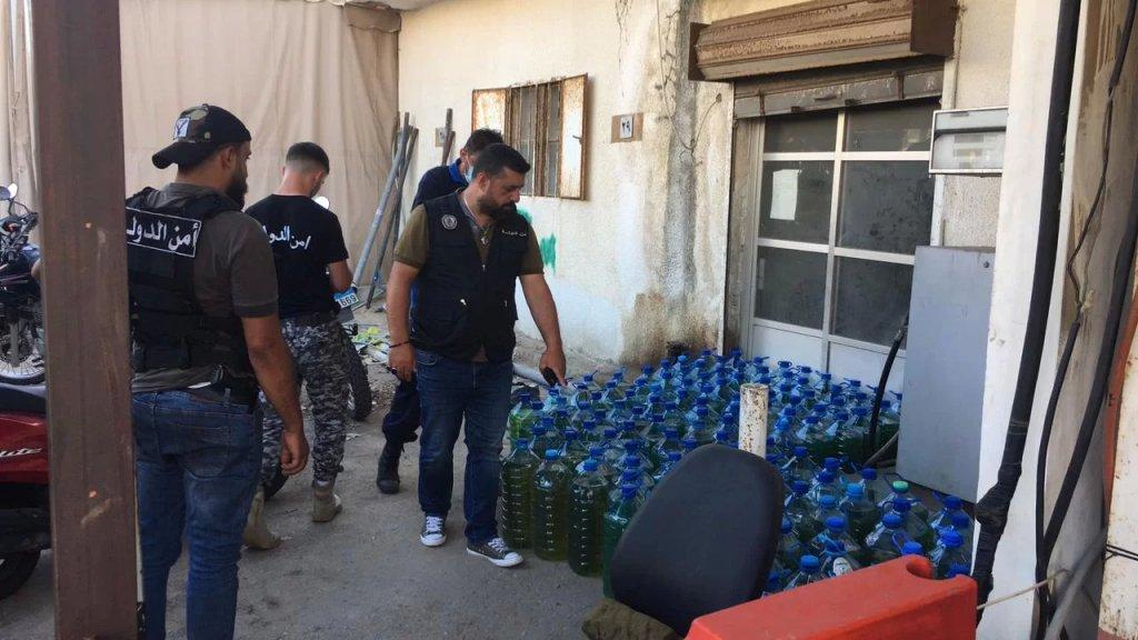 أمن الدولة يصادر 148 غالون بنزين مخزنة في برج البراجنة ويختم المحل بالشمع الأحمر