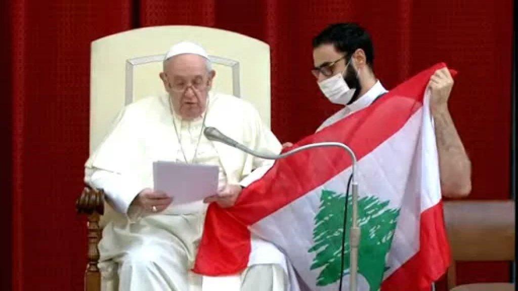 إضاءة شموع وقرع أجراس مساء في إيطاليا على نية لبنان