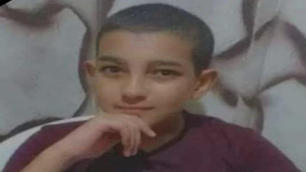 """مأساة في مخيم البرج الشمالي..  الفتى """"محمود"""" إبن الـ12 عاما توفي إثر سقوطه من على سطح منزله"""