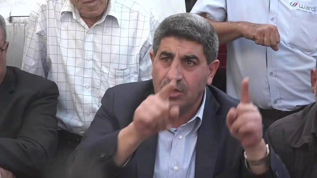طليس نفى الدعوة إلى إضراب يشل البلد من خلال ركن السيارات والحافلات والشاحنات على الطرقات الرئيسية