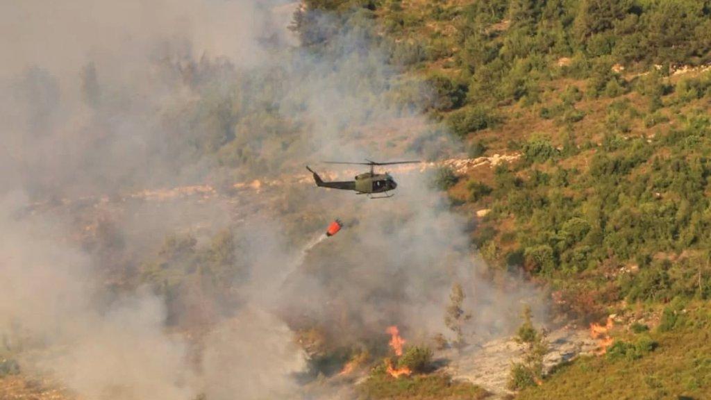بعد جهود متواصلة قرابة 9 ساعات.. اهماد حريق بزال والاضرار طالت 60 هكتارا من الغطاء النباتي!